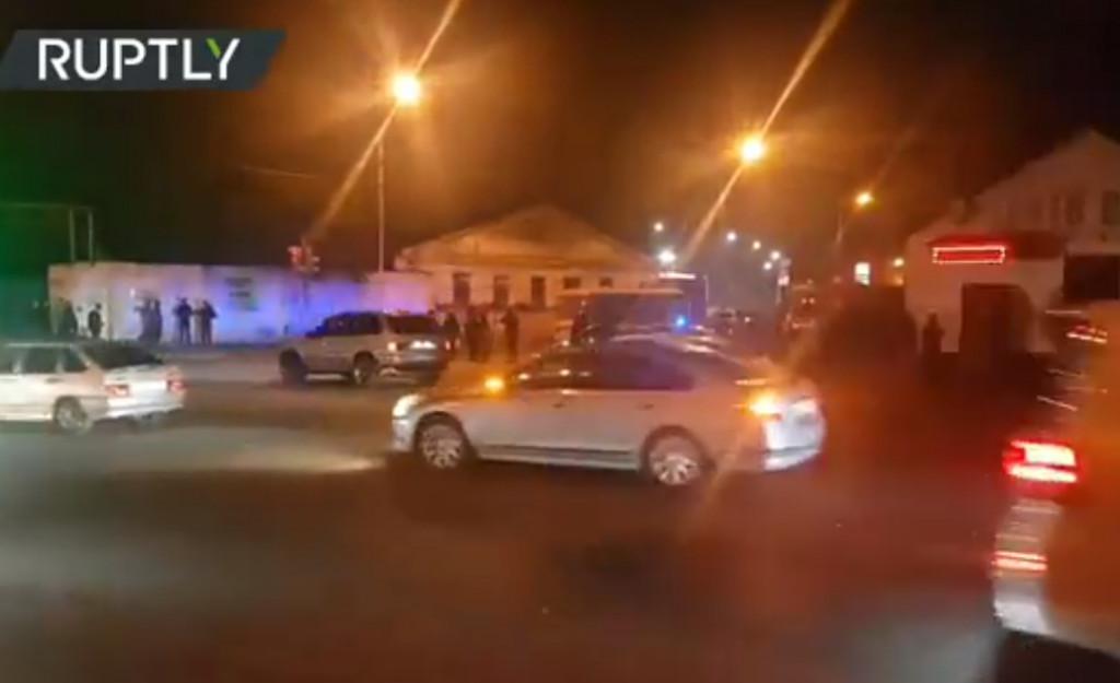 Ρωσία: Συναγερμός σε φυλακή στο Βλαντικαφκάζ – Εξεγέρθηκαν εκατοντάδες κρατούμενοι
